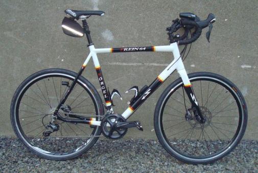 SOERGEL CC-A01  Crossrad, schwarz-weiß,
